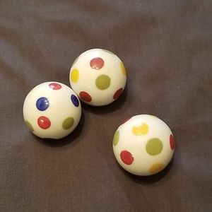 3 glass decorative balls